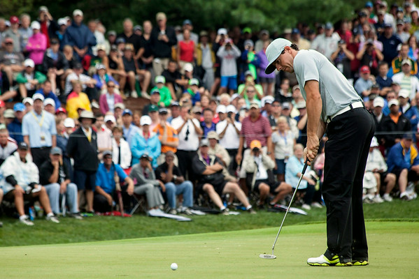 Rory McIlroy takes care of business on the 7th hole at Valhalla on Friday.