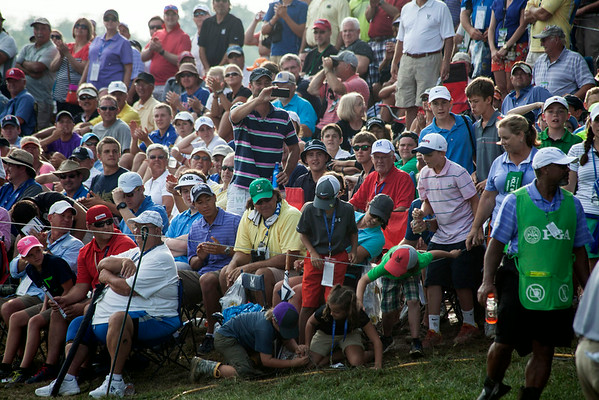 Bernd Wiesberger caused a frenzy amongst the young fans on the rope by tossing his ball upon completing the 18th hole.