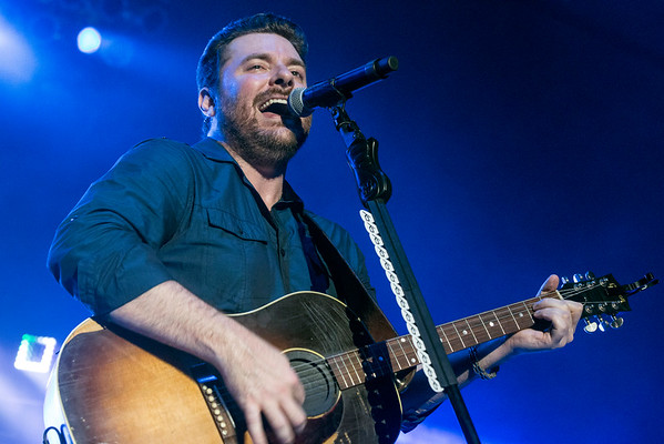 Country Music Award winner Chris Young performed in Freedom Hall on Sunday night to close out the 2016 Kentucky State Fair. 8/28/16