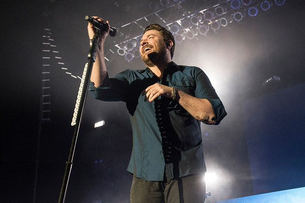 Chris Young takes the stage for the last concert of the 2016 Kentucky State Fair. 8/28/16