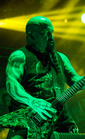 Kerry King of Slayer shows what he can do during the Louder Than Life Festival. 10/1/16