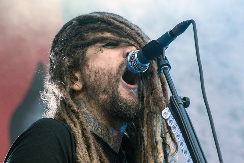 Brian Welch of Korn delivers the goods during Louder Than Life. 10/2/16