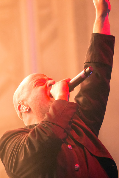 Disturbed frontman David Draiman greets the crowd on a high note at Louder Than Life. 10/2/16