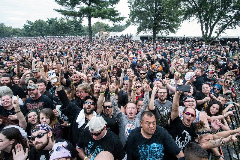 With a crowd estimated around 50,000 the Louder Than Life Festival packed in fans on Sunday for headliners Korn, Disturbed and Slipknot. 10/2/16