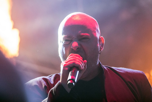 Disturbed lead singer Dave Draiman brings the energy during Louder Than Life. 10/2/16