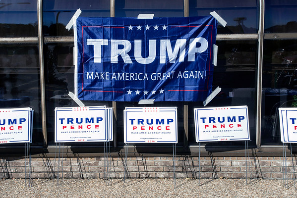 A Trump for President phone bank in Fern Creek was the site of a rally on Saturday morning to promote the GOP candidate and honor military veterans. 10/22/16