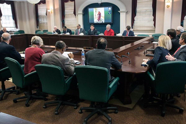 The University of Louisville executive board met on Tuesday afternoon to announce that the school's partnership with KentuckyOne Health would be redesigned placing management of the James Graham Brown Cancer Center and University Hospital back in the hands of UofL. 12/13/16
