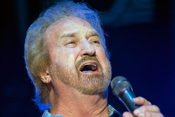 Duane Allen of The Oak Ridge Boys does his part hamonizing one of the legendary group's hit songs. 8/21/16