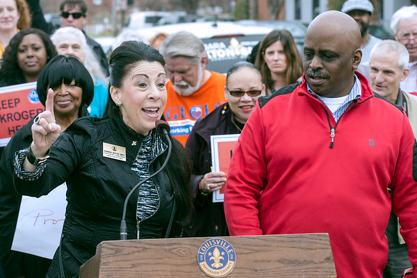 Metro Council members Barbara Sexton Smith (D4) and David James (D6) hosted a Saturday morning rally in front of the Kroger on 2nd Street to urge the grocery chain to stay in the neighborhood. 1/21/17