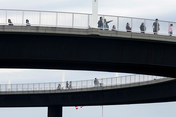 A landmark normally too windy and cold for a February visit was full of sightseers on Saturday as the Big Four Bridge attracted a crowd seeking outdoor activity in the warmer than average weather. 2/18/17