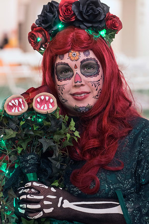Stacy Humphreys shows off the rich details of her Dia de Muertos version of Poison Ivy. 7/29/17