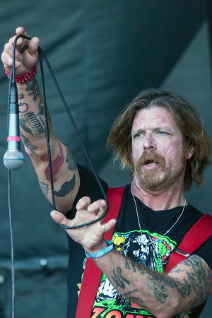 The high-energy fan favorite band known as Eagles of Death Metal rocked the crowd at Louder Than Life on day one. 9/30/17