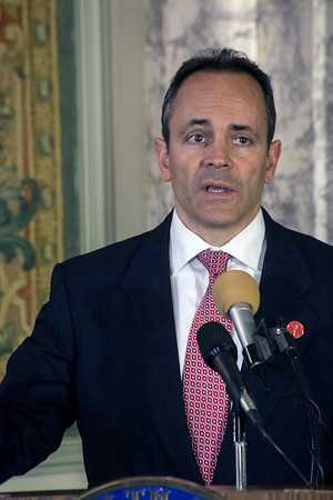 Kentucky governor Matt Bevin announced in Frankfort on Friday the opening of a new state funded hotline for those suffering from drug addiction. 11/17/17