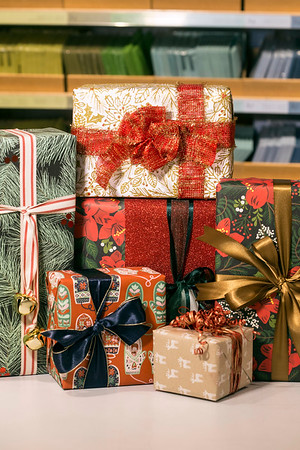 With a few added details and attention to the lines cut and taped, holiday gifts can be wrapped like a pro. 12/6/17