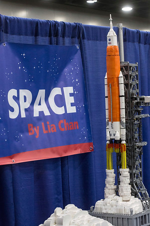 The detailed work of artist Lia Chan included lift-off smoke clouds on her NASA display at the Brick Universe LEGO Convention. 1/6/18