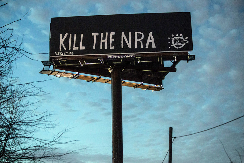 The hypocrisy of the radicalized left was on full display along I-65 North near Fern Valley Road on Monday as vandals advocated extreme violence against their perceived enemies in lieu of recent school shootings. 2/19/18