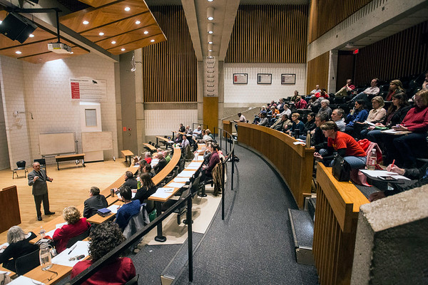 Room 100 in the UofL humanities building was filled with professors and department heads on Friday morning to discuss possible action plans about House Bill 200. 3/30/18