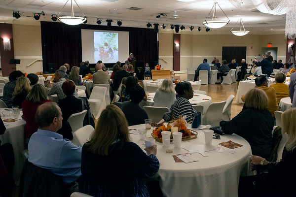 The Kosair Shrine Center hosted a live auction on Sunday afternoon with 30 desserts up for bidding just in time for Thanksgiving. 11/18/18