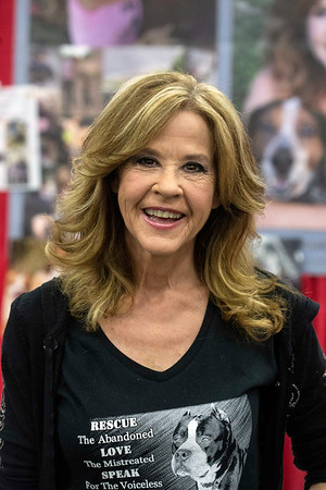 Actress Linda Blair (The Exorcist) enjoyed the Saturday crowds at Louisville SuperCon. 12/1/18