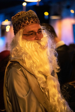 Lee Lockwood was in full wizard mode during the Yule Ball at the Palace Theatre. 12/21/18