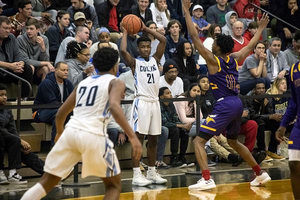 Brooklyn South Shore defeated Collins High 62-59 for the 2018 King of the Bluegrass title on Sunday night at Fairdale. 12/23/18