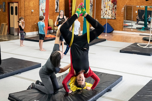 Courier Journal reporter Maggie Menderski learns how to hang upside down during a class at Suspend Louisville. 2/2/19
