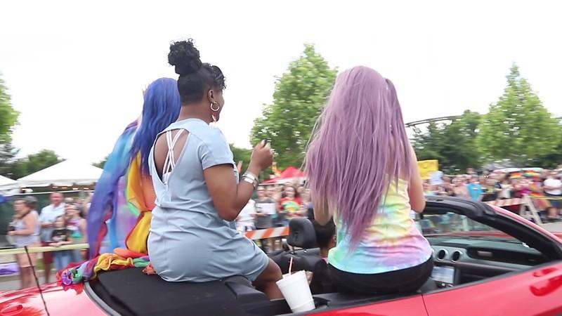PrideParade--PEARL