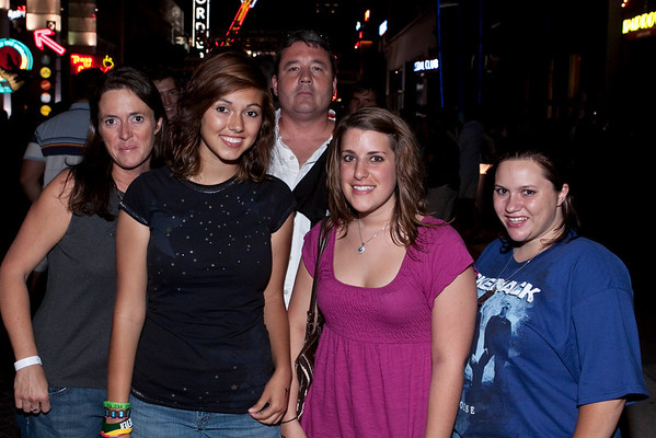 Angie C., Jessica C., Alexis M., Sabra Shields, & Joe S. mix it up in the crowds of 4th Street Live. (Marty Pearl)