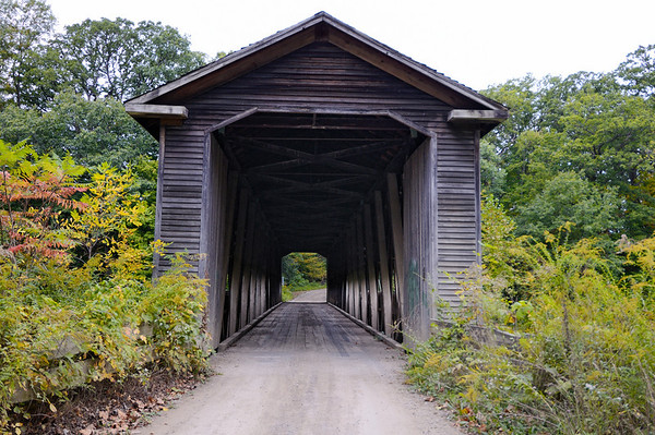 Middle Road Bridge - Astabula Covered Bridges