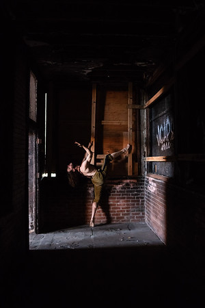Contortionist/Clown Elliott Gittelsohn at the 16th Street Train Station, Oakland, CA