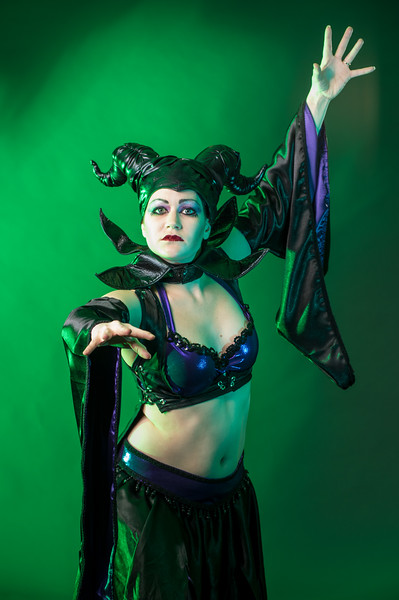 Linwe Telperion of Antipode Geek Belly Dance being wicked in the J.Pecora Photography Studio.