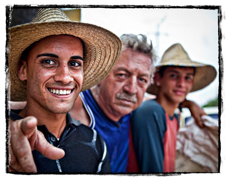 #2030 Los Tres Amigos.