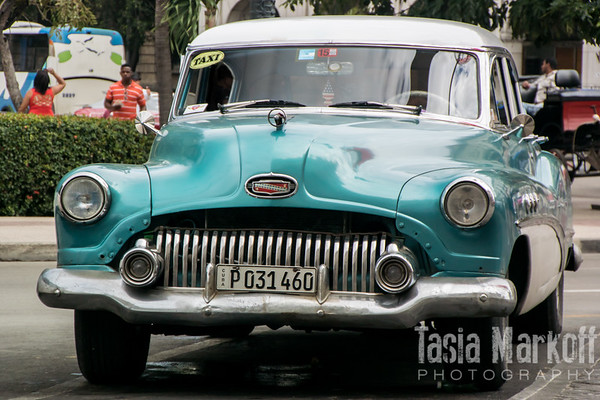 Turquoise taxi