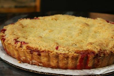 4n20 Blackbirds-jlb-raspberry crumb pie-8727f