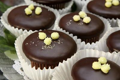 4n20 Blackbirds-jlb-cupcakes-8709f