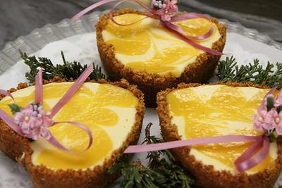 4n20 Blackbirds-jlb-lemon swirl cheesecake-4047f
