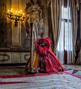 Venetian Harpist