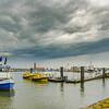 Regenwolken über der Elbe