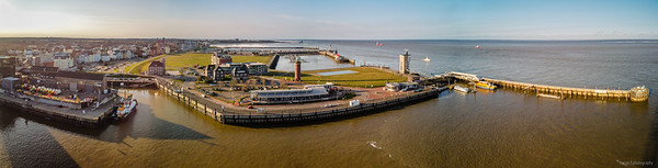 Cuxhaven harbour and lighthouse in Altenbruch