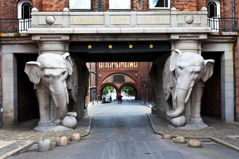 COPENHAGEN. CARLSBERG BREWERY. ELEPHANT GATE. [2]
