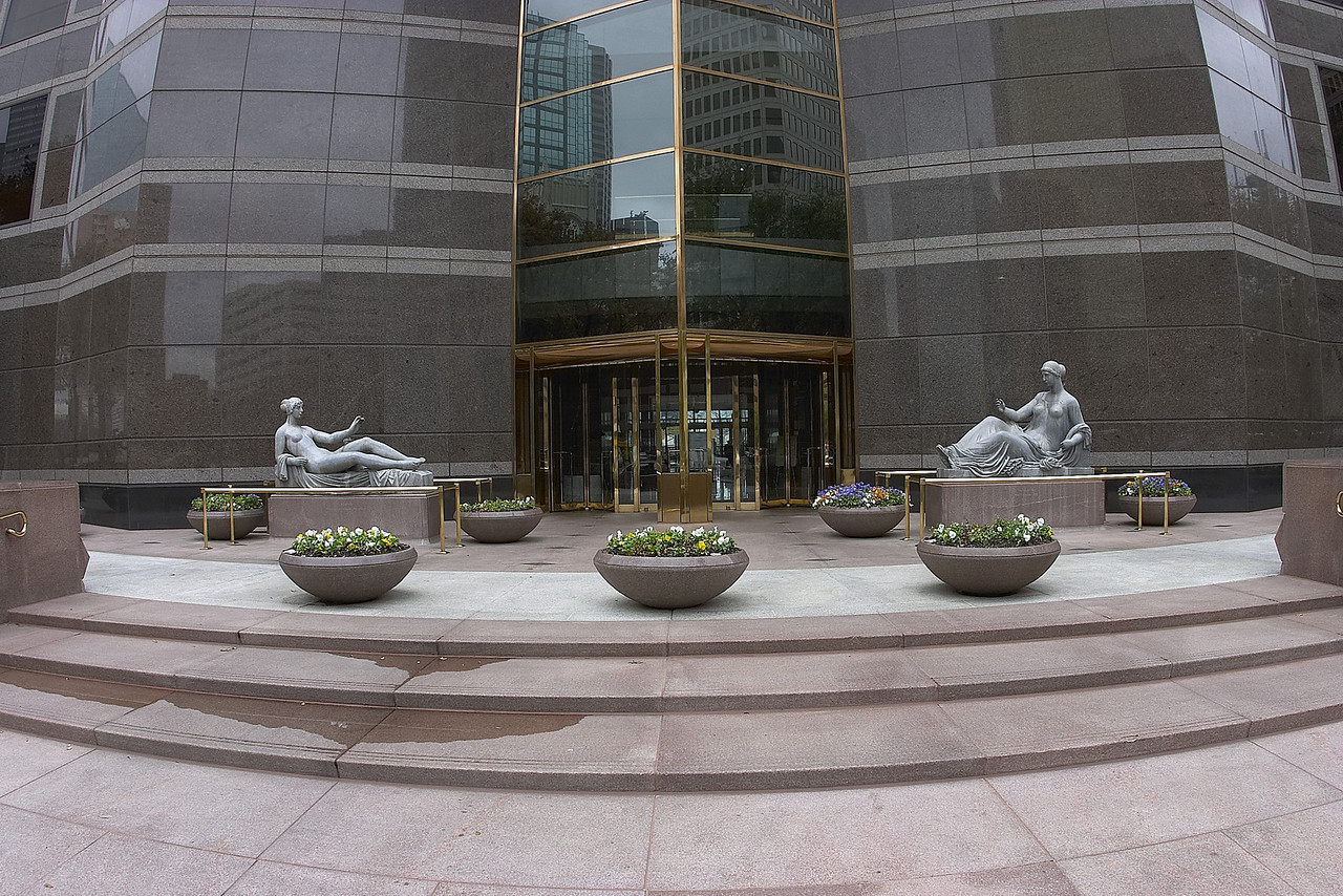 Trammell Crow Center Front Entrance