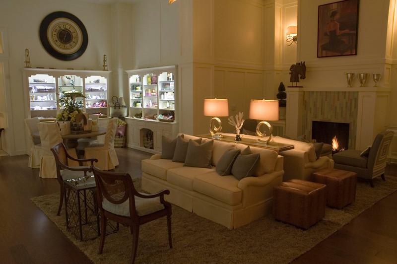 danville_07_042_lounge