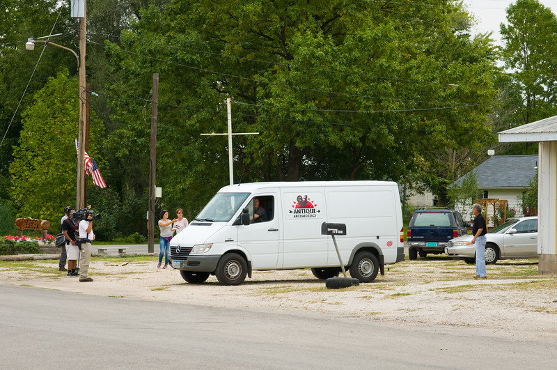 """American Pickers And Their Crew Filming In Nebo, Illinois To see more visit our: <a href=""""http://www.co-bear.com/Day-2-Day/American-Pickers-In-Nebo-Il/25363325_ZR73fG"""" >AMERICAN PICKERS IN NEBO ILLINOIS GALLERY</a>"""