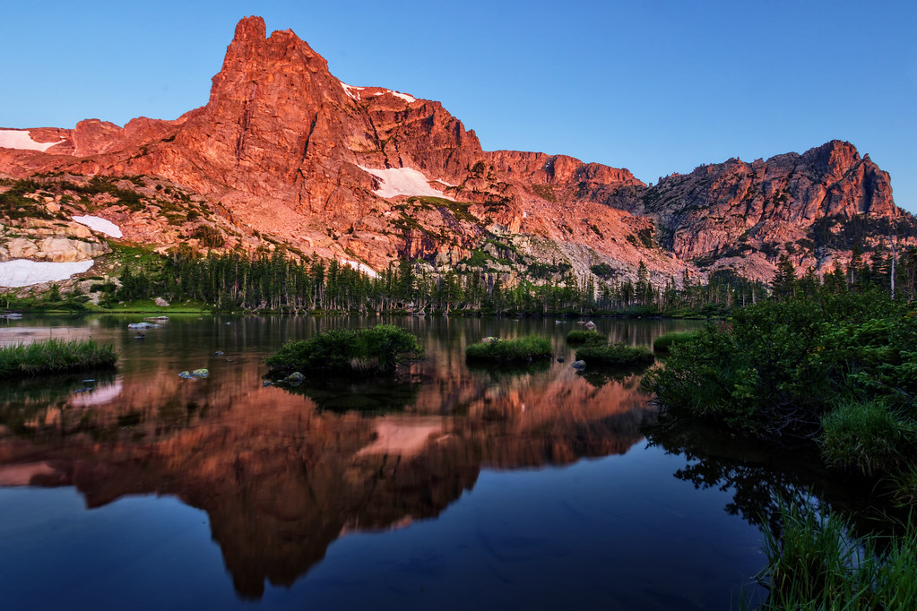 Lake Helene Sunrise (Rocky Mountain National Park)