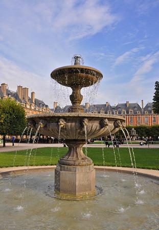 Paris, Place des Vosges 247