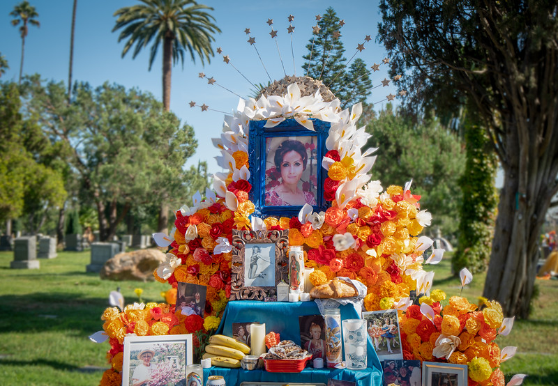 Ofrenda dedicated to a beautiful woman