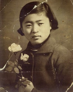 This one is from a individual that posted on a retouching web site asking for help in repairing old photo.