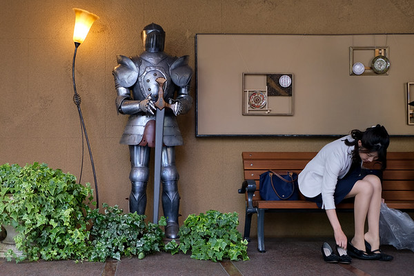 """11:03am #Tokyo🗼 #Japan 🇯🇵 """"The Beauty and the Knight"""""""