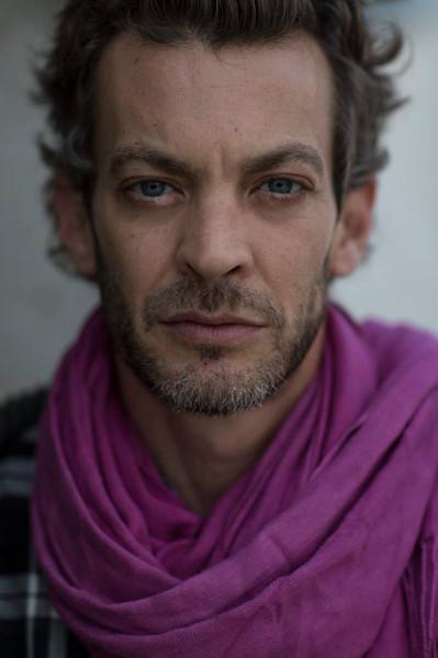"""מוקי <br /> דני ניב הידוע בשם הבמה מוקי, הוא זמר ושחקן ישראלי. חבר לשעבר בלהקת ההיפ הופ הישראלית """"שב""""ק ס'"""".<br /> <br /> 24 AGU,"""