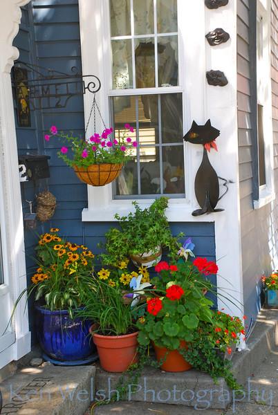 Salem Porch